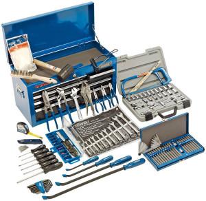 Kit Coffre à outils garnie 31 pièces