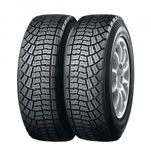 Pneu Racing Yokohama A053 A50 Gauche 180/650 R15 Medium - Terre
